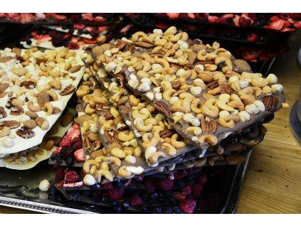 Lámaná mléčná ořechová