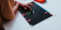 Motorický vývoj dětí s kreativními produkty PIXIE CREW