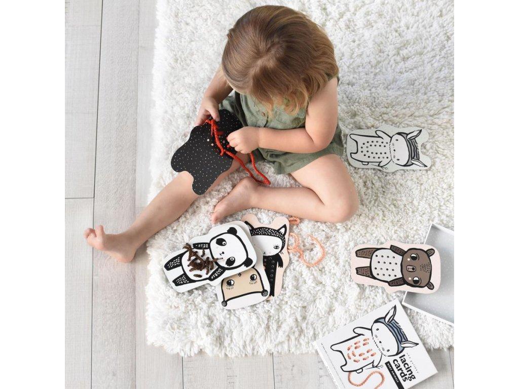 5 tipů na dárek pro miminko do 500 Kč