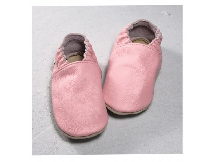 skorzane buciki w kolorze rozowym
