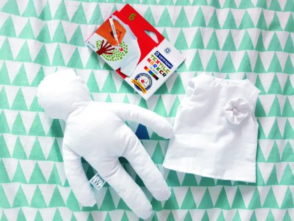 Kreativní panenka  + šatičky + fixy na textil