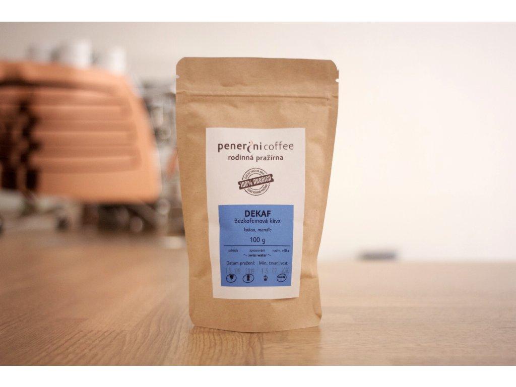 Bezkofeinová káva 100 % arabika zrnková káva