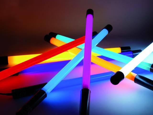 farebné a UV