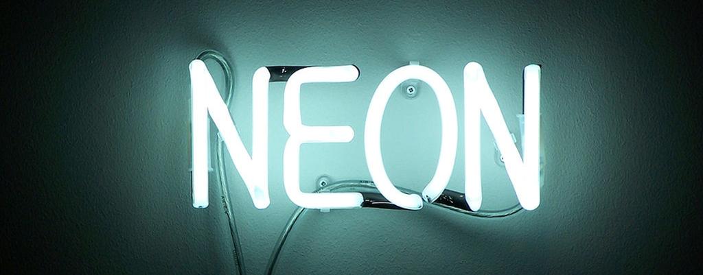 1024px-Neon