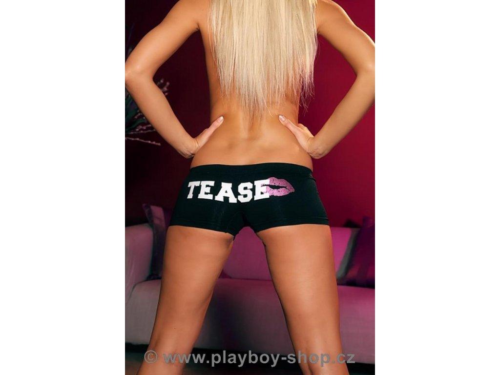 Černé kalhotky s růžovým zajíčkem a nápisem TEASE vzadu