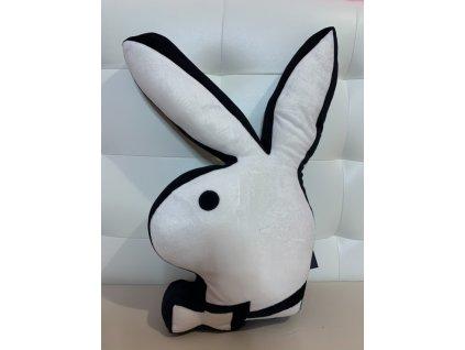 Bílý polštář ve tvaru zajíčka