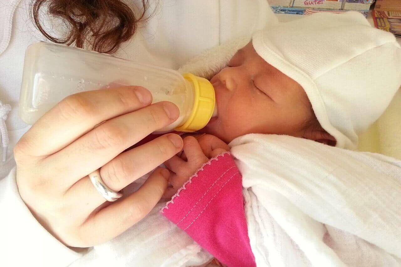 Jak vybrat vhodnou umělou kojeneckou stravu