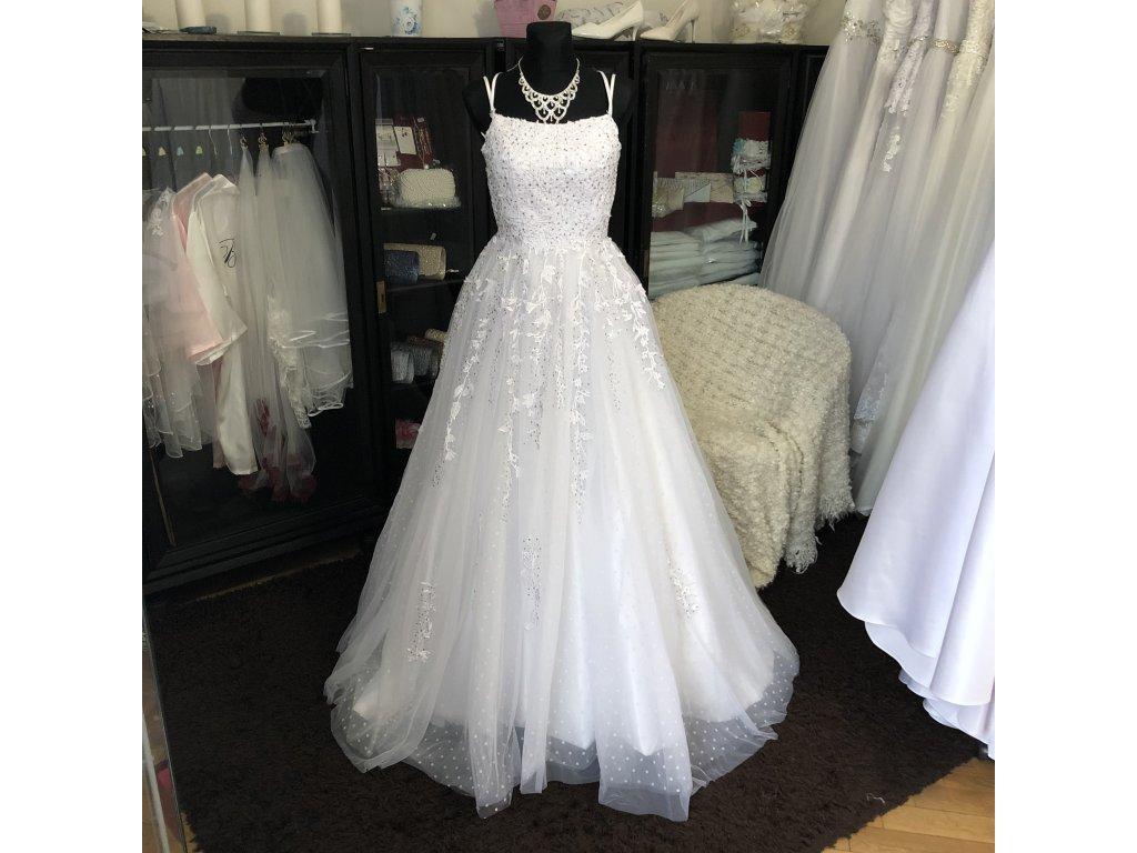 tylové svatební šaty s bohatým zdobením Lina