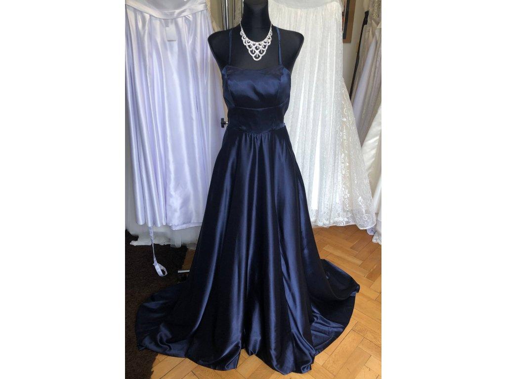 tmavě modré plesové šaty s holými zády