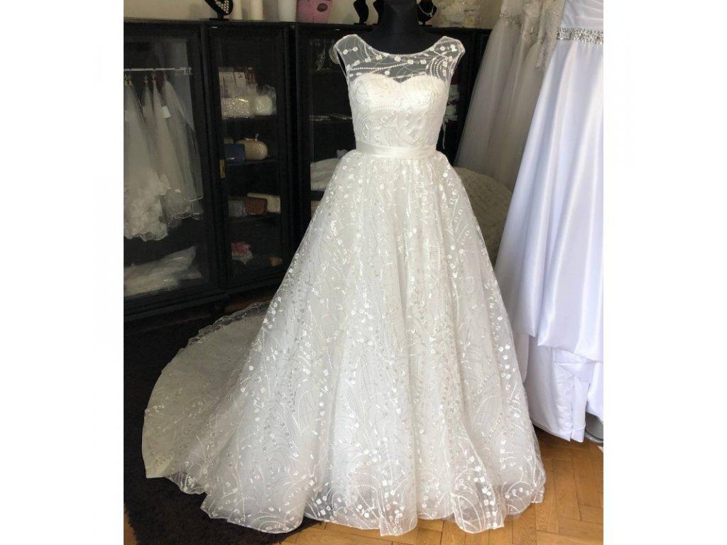 princeznovske kremove svatebni saty s netradicnim vzorem rebecca xs s