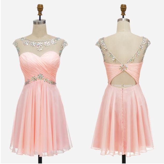 pudrové krátké společenské šaty do tanečních Claudia XS Barva: Pudrová, Velikost: XS