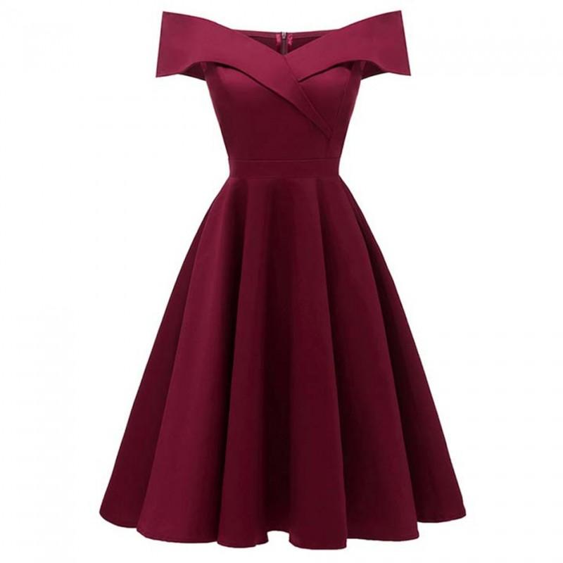 vínové krátké společenské šaty do tanečních se spadlými ramínky Barva: Vínová, Velikost: XS