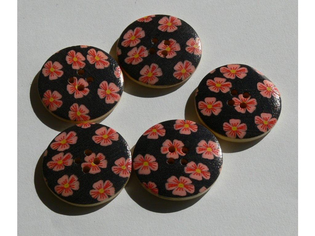 """Knoflík dřevěný 48"""" (30,5 mm) Květ 110892 - černo-růžová"""