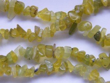 Serpentin (čínský jadeit), zlomky, 10cm návleku, cca 6g