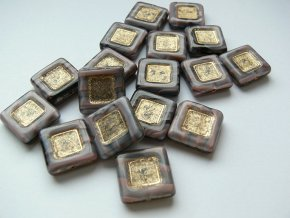 Mačkané korálky tvarové, čtverec 15 mm, mramor fialová se zlatou