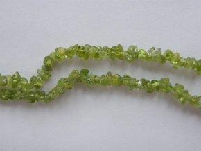 Olivín, zlomky, 10cm návleku, cca 5-7g