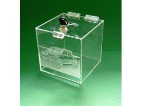 Kasička, pokladnička 150x150x150 mm s gravírem + zámek