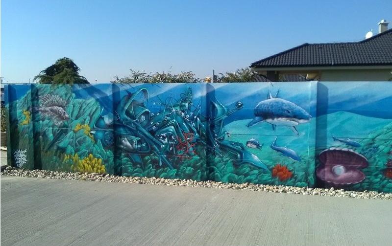 farbenie betónový plot