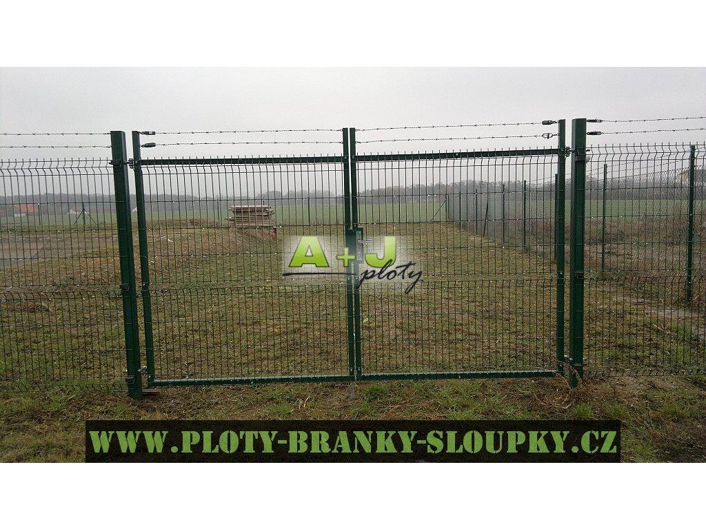 Plotová brána jeklová dvoukřídlá FAB, 1230x3600mm