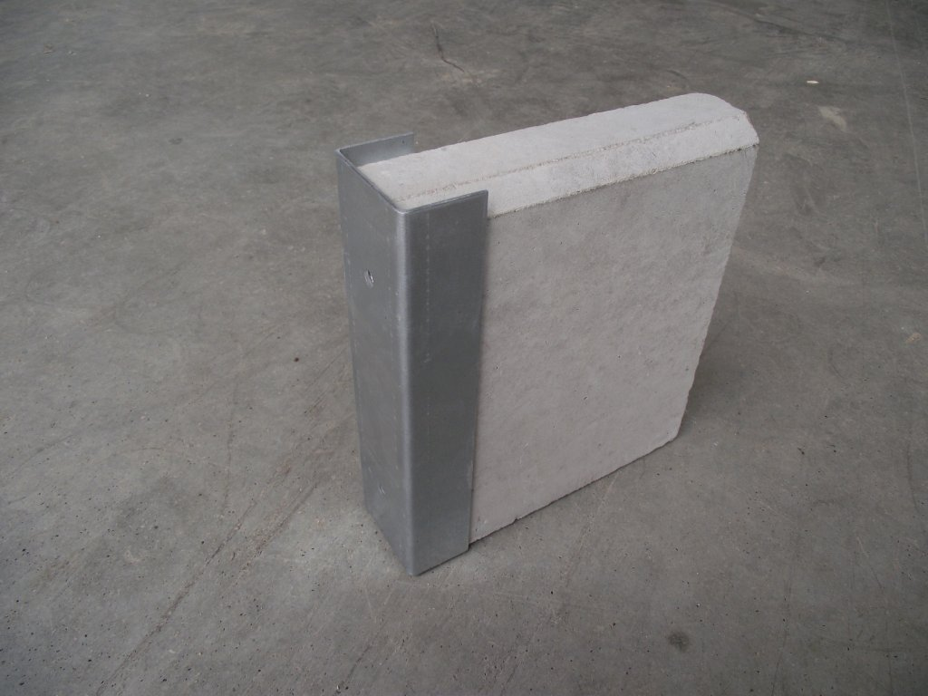 Držák podhrabové desky 20cm koncový