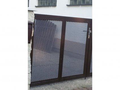 Jednokřídlá brána s výplní z tahokovu a bez přípravy na pohon (Barva rámu zinek+šedá antracit, Barva výplně zinek, Velikost 3000x1800mm)