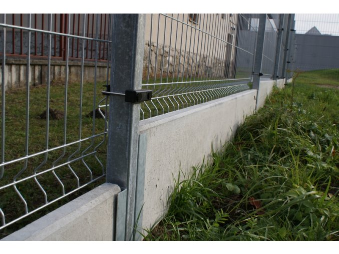 Betonová podhrabová deska 2950 x 300 x 50 mm