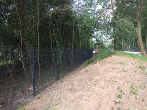 Sloupek jeklový (hranatý) 60x60 mm ZN + PVC v. 2200 mm