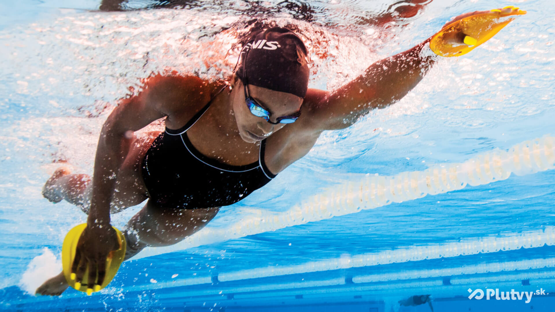 plávanie s plaveckými pádlami Finis Agility, Plutvy.sk
