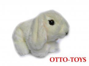 malý bílý plyšový králíček beran