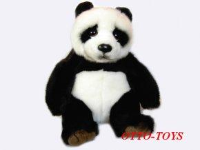 Plyšová panda sedící