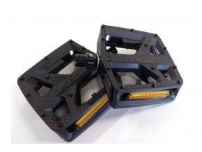 specialized plastic platform pedál