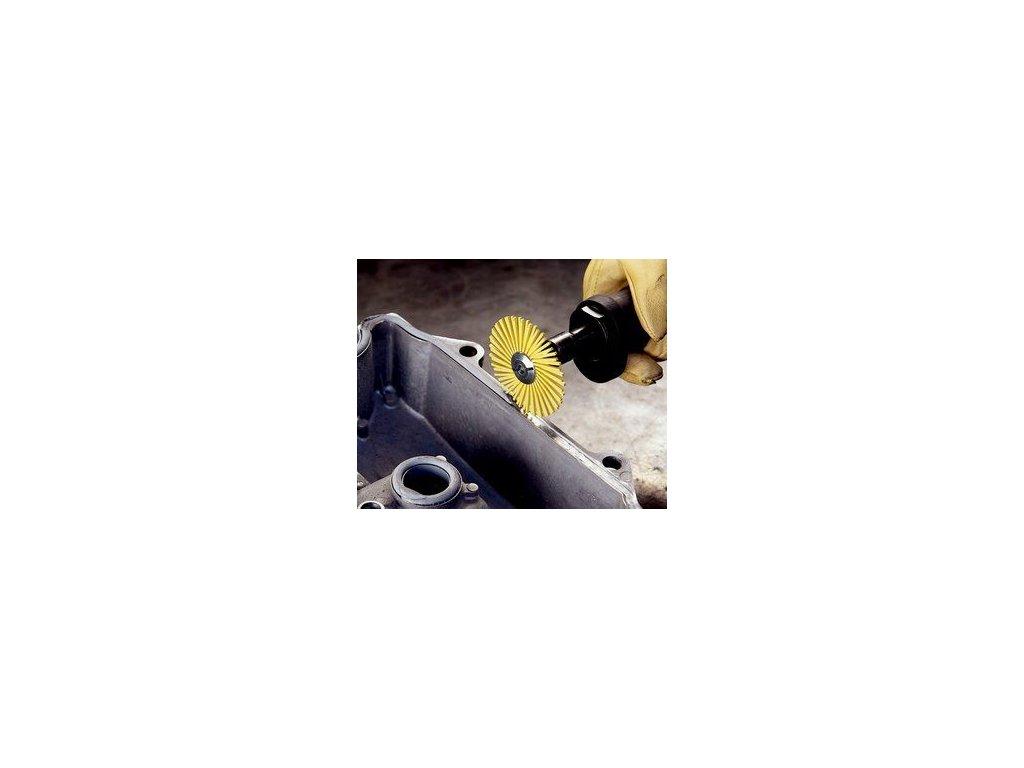 3mtm radial bristle disc yellow 3in