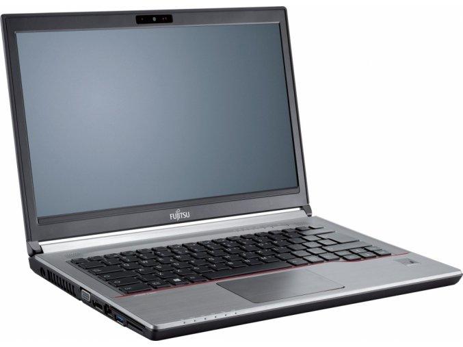 Fujitsu Lifebook E743 2