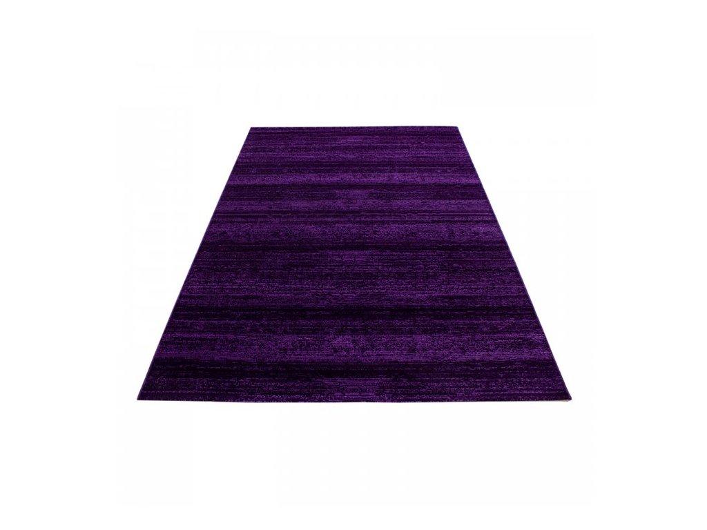 Kusový koberec Plus 8000 lila