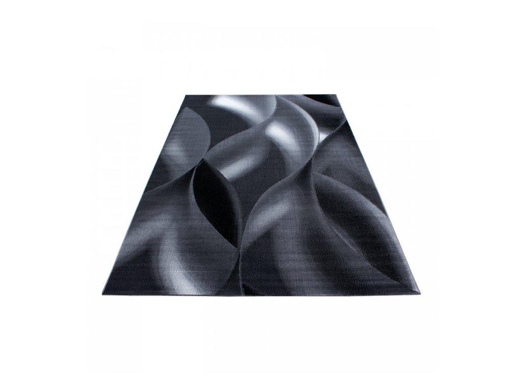 Kusový koberec Plus 8008 black