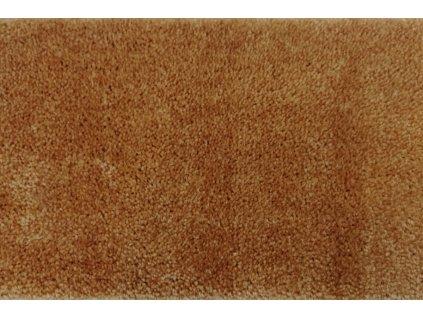 luxusni metrazovy koberec spinta 38