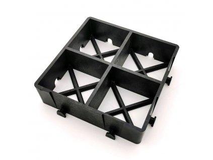 Černá plastová zátěžová zatravňovací dlažba ProGrass MAX, FLOMA - 22,5 x 22,5 x 6 cm