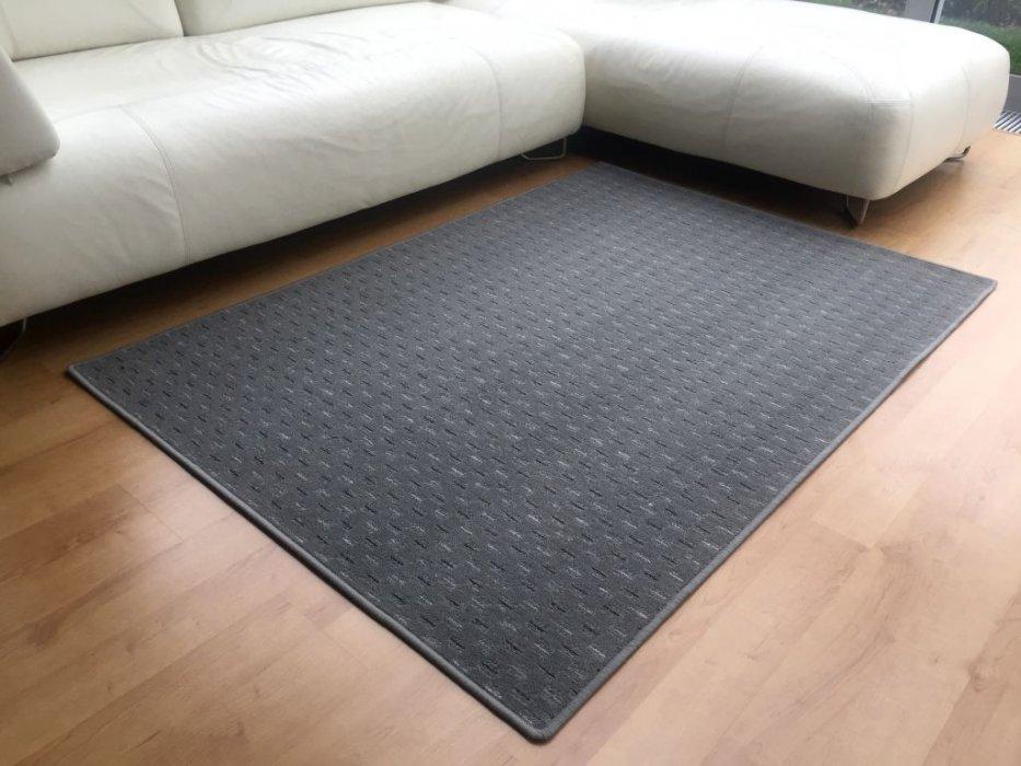 Kusový koberec Valencia šedá Rozměr: 80x150 cm