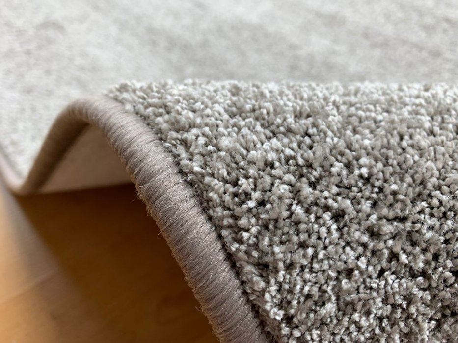 Kusový koberec Capri taupe Rozměr: 80x150 cm