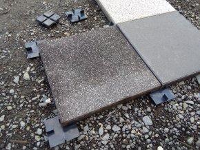 Podložka pod dlažbu tl. 10 mm (40 ks)
