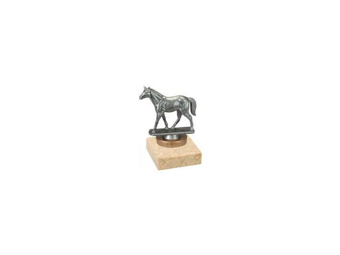 Figurka barevná kůň
