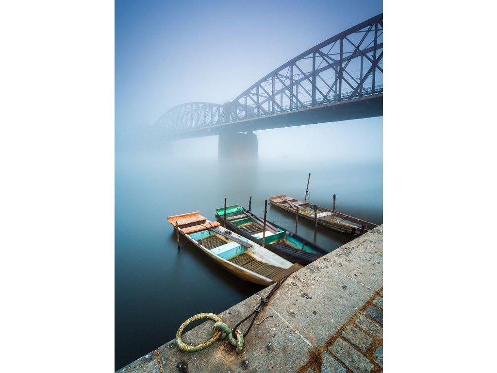 Pohlednice Pramice u mostu