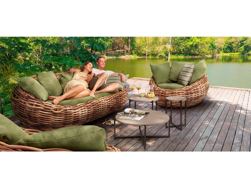 Apple Bee Cocoon Lounge 3000x1242 004 1024x469