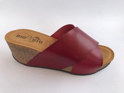 Bio Bio 76722 dámské pantofle na klínu červená