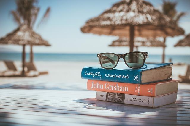 Na dovolenou s knížkou aneb Už jste četli naše bestsellery?