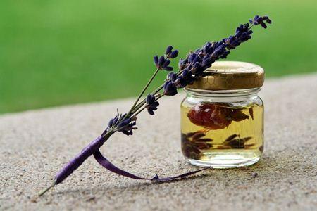 Oleje s léčivými účinky a vitamíny