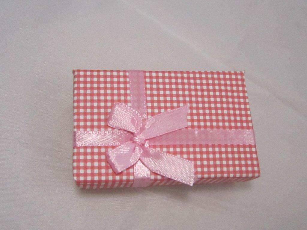 0003799 krabicka cervenobila kosticka