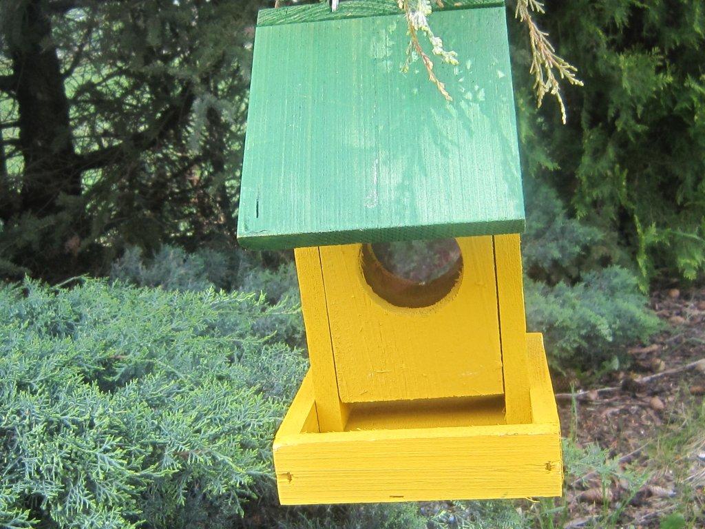 Krmítko pro ptáky dřevěné č.1 žlutozelené