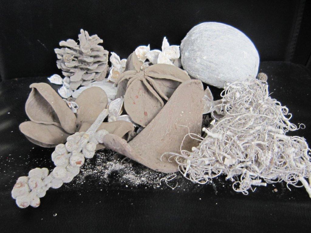 0011568 material na potpouri bile