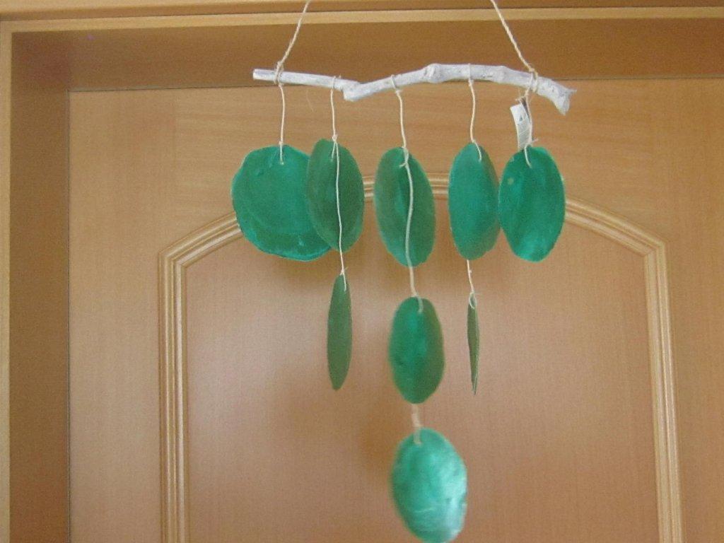 Zvonkohra z mušlí zelená